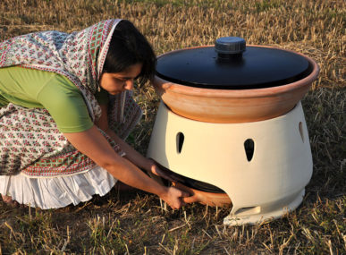 Extracting up to five litres of freshwater each day