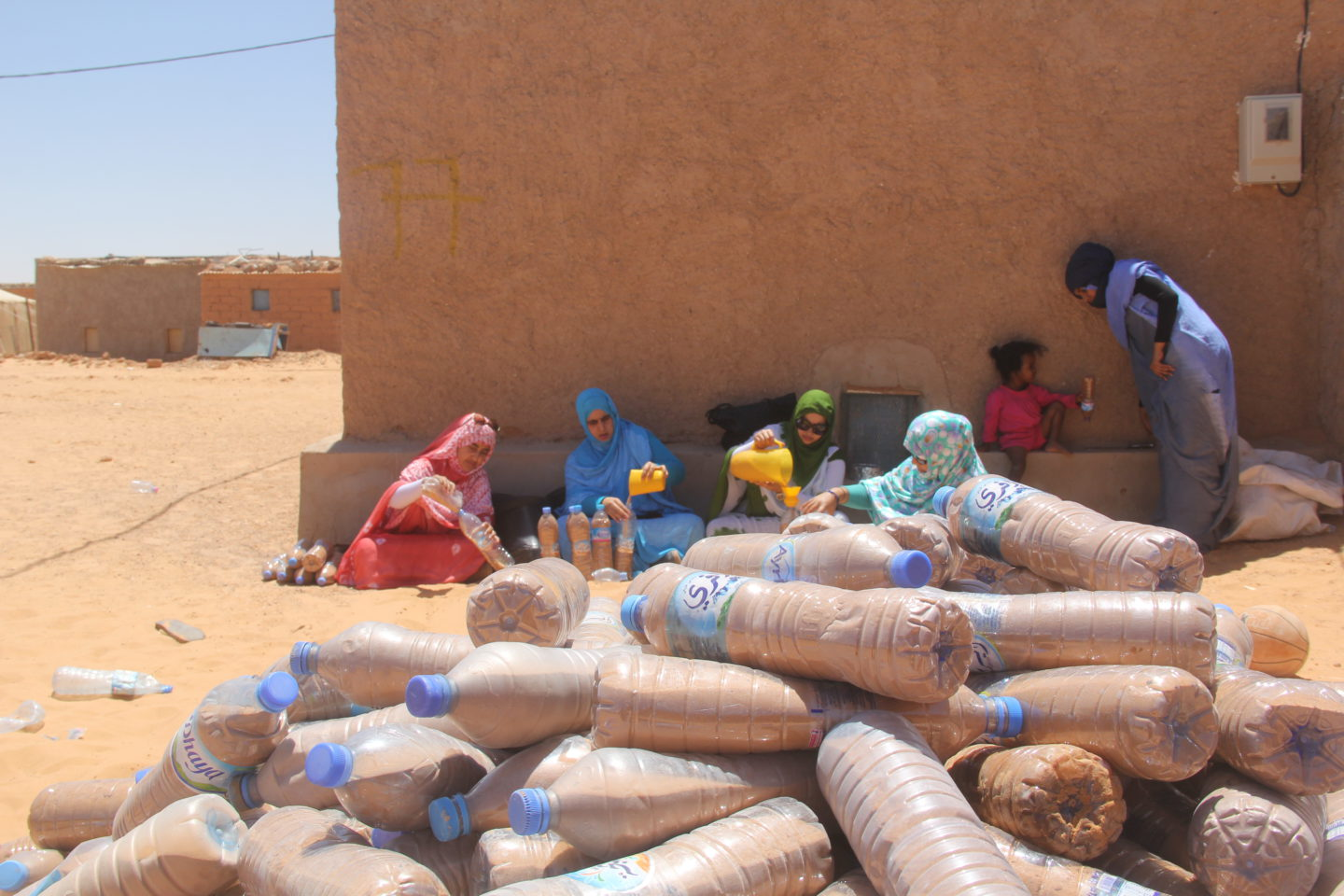 The story of a young refugee who builds houses from plastic bottles |The Switchers