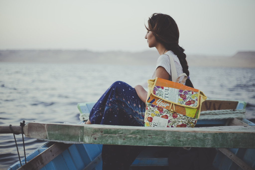 Promoting eco-conscious lifestyle by producing upcycled bags | The Switchers