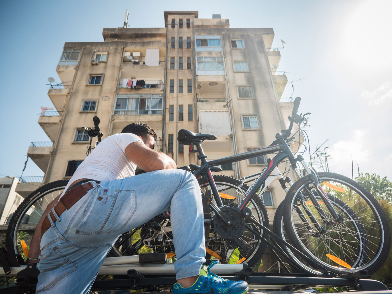 Meet Lebanon's first cycling community — and bike delivery service | The Switchers