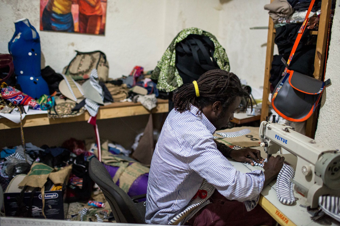 Recycled bags imagined in a refugee camp | The Switchers