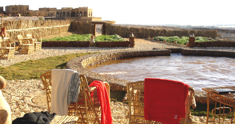 An ecological hotel in the preserved oasis of Dakhla | The Switchers