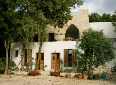 Beit al Batroun is a beautiful bed and breakfast in Lebanon near the Mediterranean sea